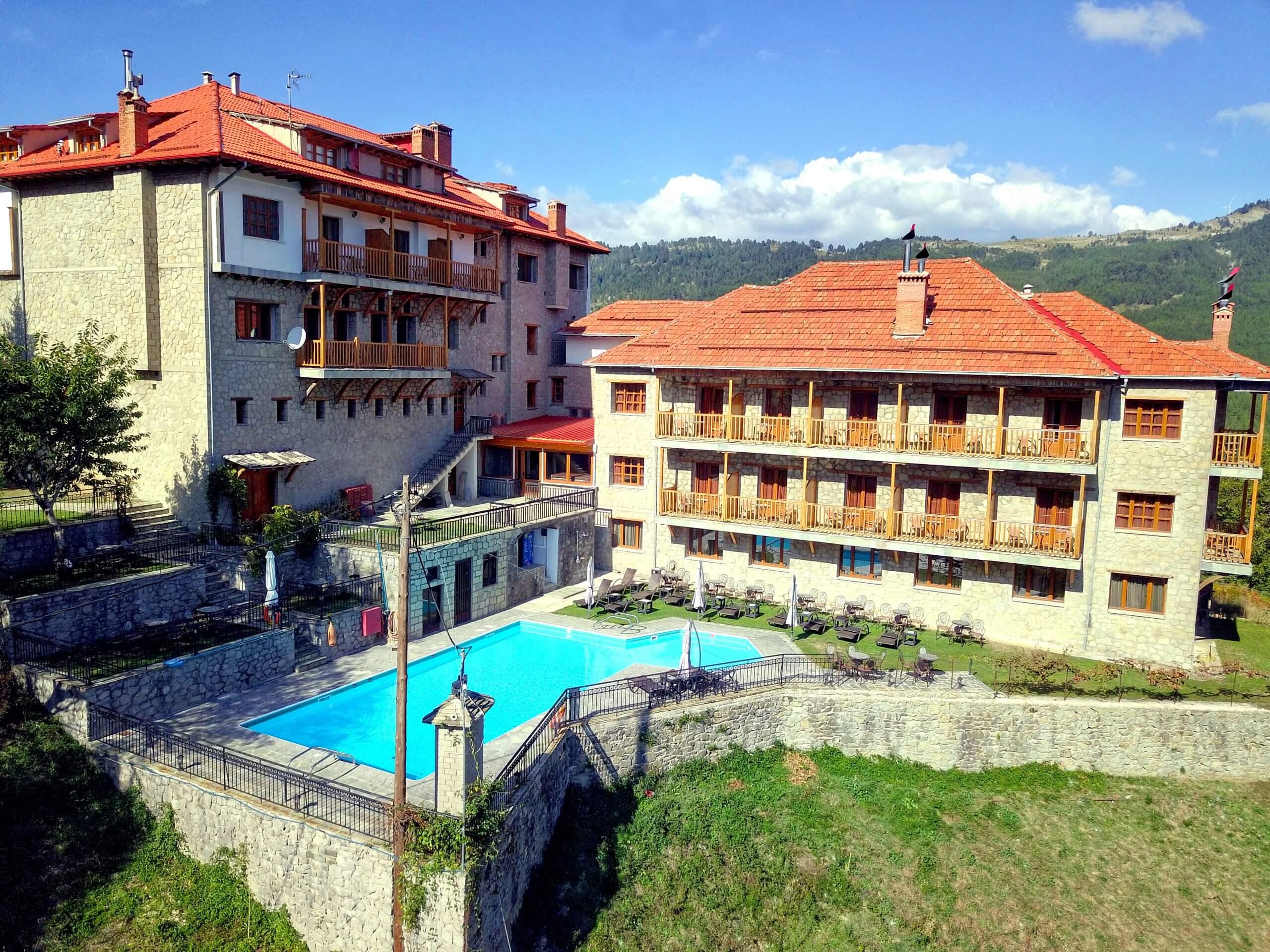 Victoria Hotel Πισίνα Μέτσοβο Θέα Βουνό